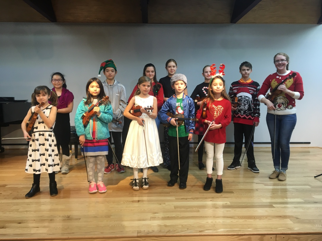 Holiday Recital Dec 7 2019.jpg